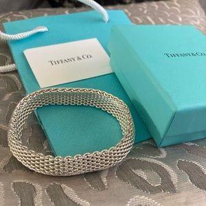 TIFFANY & CO. SOMERSET 925 Mesh Bracelet.